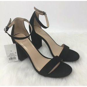 Black Strap Block Heal Pump Sandal Size 8